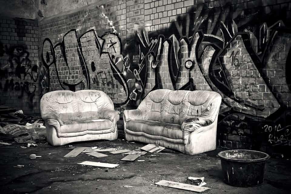 ritiro divano vecchio e usato